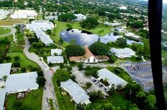 St. Andrew's School (Boca Raton, Florida). Picture Yourself in paradise at www.floridanest.com