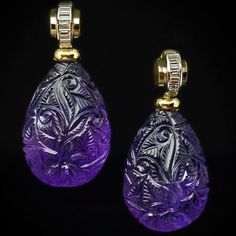 Circa 1930 s A pair of Art Deco vintage dangle earrings feature two drop-shaped amethysts finely carved with floral designs. The yellow and white gold tops are channel set with baguette cut diamonds. The amethyst. Bijoux Art Deco, Art Deco Earrings, Art Deco Jewelry, Modern Jewelry, Jewelry Design, Purple Jewelry, Amethyst Jewelry, Gems Jewelry, Jewelery