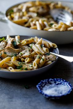 Coq au Riesling pasta - Simply Delicious. Dinner | Chicken | Pasta | Back to school | Easy recipe | Easy dinner | Weeknight dinner | Family recipe | Kid-friendly recipe | Food photography | Food styling | Cooking | Food | Recipe |