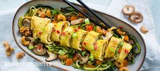 Thai zucchini noodles with omelet roll .nl * Full recipe on: into your own language* ** Credits to the makers ** Omelette, Clean Recipes, Low Carb Recipes, Healthy Recipes, Paleo Ideas, Asian Cooking, Healthy Cooking, Fish Pasta, Authentic Chinese Recipes
