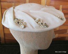 Stunning VTG 1950's Clover Lane Ladies Hat Tilt Topper Fascinator Floral