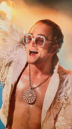 Taron Egerton as Elton John in the bio-pic 'Rocketman'! Very convincing, including creating Elton's cute little space between his two front teeth. Movies Showing, Movies And Tv Shows, Rocketman Movie, Taron Egerton Kingsman, Goodbye Yellow Brick Road, Captain Fantastic, Richard Madden, Hollywood, Van Halen