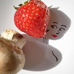 The Strawberry Girl wishes you a good weekend #weekend #fruit #art #illustration #drawing #doodle #bob #fraise #instagood #picoftheday #potd #champignon #mushroom #foodporn #jeanseaberg #aboutdesouffle #godard #fun #lol #picame #instadaily #cute #smile #shadowart #sketch #makeup  #foodie #shorthair #kawai #lipstick