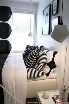 ASUNTOMESSUT 2016: TYYLIKKÄÄT Home Bedroom, Modern Bedroom, Dream Bedroom, Bedroom Decor, Bedrooms, Bedding Inspiration, Room Inspiration, Scandinavian Home, Home Living