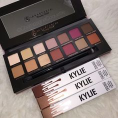 Kylie + Anastasia Eyeshadow ¤ If you like this pin, find more at @rosajoevannoy ツ