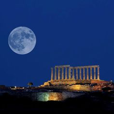 Full moon Temple of Poseidon, Sounio near Athens, Attica Attica Athens, Attica Greece, Acropolis Greece, Moon Shadow, Ancient Beauty, Beautiful Moon, Beautiful Places To Visit, Amazing Places, Moon Art