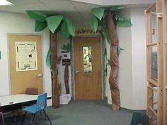 Super Ideas For Science Classroom Door Ideas Pictures Jungle Classroom Door, Rainforest Classroom, Christmas Classroom Door, Rainforest Theme, Classroom Setting, Classroom Design, Classroom Themes, Jungle Door, Classroom Displays