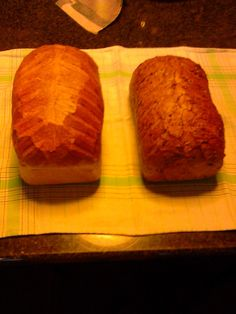 Wit brood en donker met vele granen