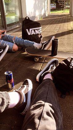 Night Aesthetic, Aesthetic Shoes, Aesthetic Grunge, Skate Photos, My Photos, Vans Skateboard, Weed Girls, Skate Girl, Skater Boys