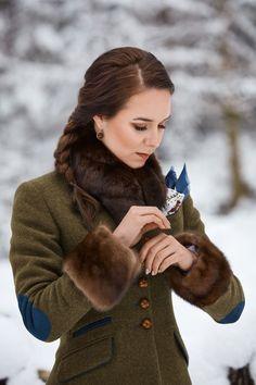 Der Neue Damen Pullover All the patterns Archives - Icelandic Knitter - Hélène Magnússon, Posh Clothing, Preppy Style, My Style, Retro Fashion, Womens Fashion, Winter Stil, Vintage Coat, Winter Wardrobe, Winter Outfits