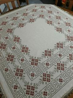 Crochet Bedspread, Bargello, Cross Stitch Designs, Cross Stitch Embroidery, Bohemian Rug, Elsa, Boarders, Palestine, Deco