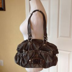 """Kathy Vanzeeland bag Charcoal gray shoulder bag. Alligator print with metal accents ,many pockets.pink and gray lining in very good condition. 15"""" x 8"""", with 20 inch drop from shoulder. Kathy Van Zeeland Bags Shoulder Bags"""