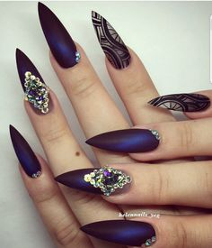 Navy Crystal + Graphic Art #Nails