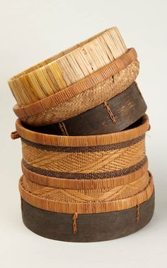 Africa | Food basket from the Luba people of DR Congo | Straw and wood