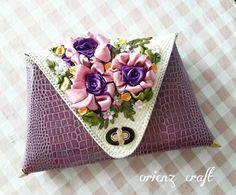 Coin Purse, Embroidery, Wallet, Purses, Crafts, Instagram, Pocket Wallet, Handbags, Needlepoint