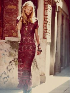 This woman is absolutely BRILLANT!!!! Must see her site : Crinochet: Free People Maxi Dress with circle motif and other Runway Crochet Pieces