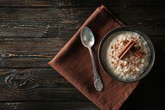 Συνταγή για ακαταμάχητο ρυζόγαλο -Το απίστευτο μυστικό της επιτυχίας Easy Porridge Recipes, Healthy Porridge Recipe, Nutella, Swedish Chef, Christmas Brunch, Xmas, Homemade Baby Foods, Homemade Christmas, Baby Food Recipes