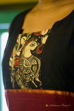 Front part of the kurta with a square piece of kalamkari print Salwar Kameez Neck Designs, Churidar Designs, Kurta Patterns, Blouse Patterns, Dress Neck Designs, Blouse Designs, Kalamkari Kurta, Ethnic Suit, Desi Wear