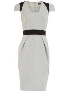 This dress reminds me of Joan in Mad Men!