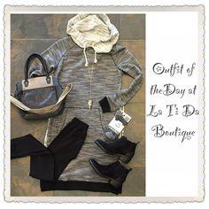 #ootd #outfitoftheday #hazel long tunic top ❤️ #nikibiki leggings #monab handbag #Rebels booties #worldssoftestsocks #bblila arrow necklace find it all @latida_boutique where we can help you #buildanewwardrobe #weloveshopping #shoplocal #shopsmall #fashion #boutique