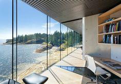 Casa com vista para o mar no Canadá (Foto: James Dow / Divulgação)