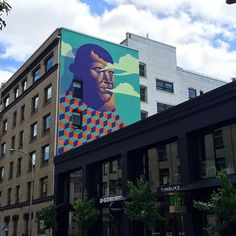 We finally got to view this majestic mural by artist Michael Reeder (@reederone) in Portland, OR
