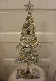 JOYWORKS jewelry tree