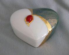 Heart Shaped Box 2014 Bijou