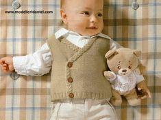 erkek bebek kahve yelek modeli