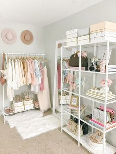 Creative Ideas For Hallway Decorating - Interior Decor and Designing Cute Dorm Rooms, Cool Rooms, Kid Rooms, Cute Room Decor, Room Decor Bedroom, Wall Decor, Living Room Decor Ikea, Room Ideas Bedroom, Room Art