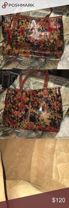 Patricia Nash bag Patricia Nash floral print bag. NWOT. Size 17L x 11H. Drop strap 9 inches. Patricia Nash Bags Shoulder Bags