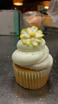 Vanilla cupcake with butter cream frosting