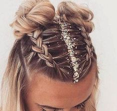 holiday hairstyles 35 Cute Hairstyle For Teen Girls You Can Copy Cute hairstyles,Long hairstyles,beautiful hairstyles Cute Hairstyles For Teens, Holiday Hairstyles, Teen Hairstyles, Beautiful Hairstyles, Festival Hairstyles, Concert Hairstyles, Wedding Hairstyles, Summer Hairstyles, Elegant Hairstyles