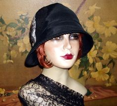 Sleek and Chic in vintage Faille ... GATSBY !!!!