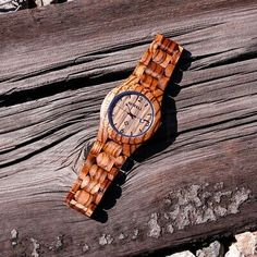 Bewell Wood Watch, Great Presentations, Wood Display, Wooden Watch, Cool Watches, Quartz, House Styles, Ebay