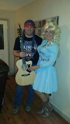 An easy Dolly Parton and Kenny Rogers Halloween costume ...