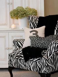 Classic Black-and-White Rooms From Rate My Space : Decorating : Home & Garden Television