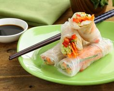 DIY spring rolls that are too easy and delicious NOT to try.