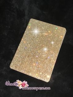♥♥♥IMPORTANT(MUST READ)♥♥♥ ** Please tell me the MODEL NUMBER of your ipad when ordering. You may find the model number at the bottom side of your ipad. ** This is a flip case. Only one side of the flip case will be blinged (PLEASE LET ME KNOW IF YOU LIKE TO BLING BOTH SIDES)