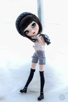 Shinobu en mode mannequin | Kikyô | Flickr