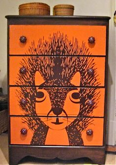 squirrel decoupage dresser - my daughter-in-law would love this. Bedroom Themes, Nursery Themes, Decoupage Ideas For Kids, Kids Furniture, Painted Furniture, Bedroom Furniture, Decoupage Dresser, Nature Themed Nursery, Kids Dressers