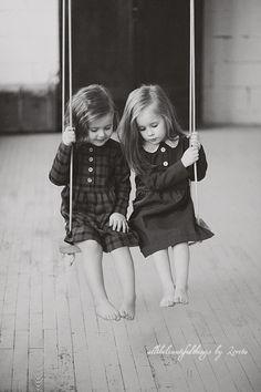Swing Dream Sisters by loretoidas Sibling Photography, Children Photography, Friend Photography, Photography Ideas, Beautiful Children, Beautiful People, Sister Love, Sister Pics, Soul Sisters