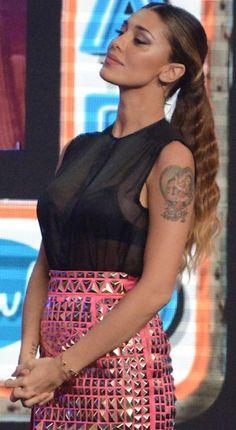 Belen Rodriguez News: la showgirl indossa il New York Bloom Bra D?Amant, le foto