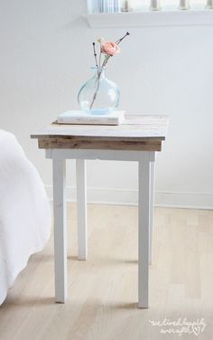 Diy Nightstand Plans Best Of Diy Pallet Nightstands with Plans We Lived Happily Ever after. Unique Home Decor, Home Decor Items, Diy Home Decor, Diy Interior, Furniture Plans, Diy Furniture, Furniture Design, Urban Furniture, Nightstand Plans