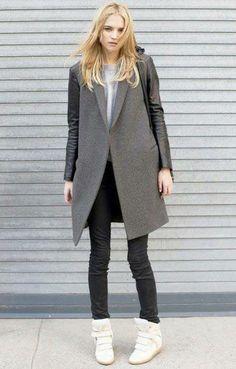 Luxuriöser Mantel aus feinem, grauem Wollgemisch und Schafleder von Cédric Charlier. Hier entdecken und kaufen: http://www.sturbock.me/