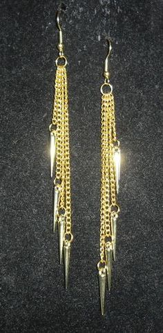 Long chain spikes Gold, $5.00