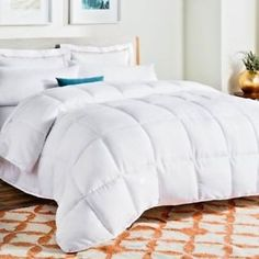 650 GSM Lavish Linens All Season Fluffy Down Alternative Twin Size Comforter 64 x 88 Box Stitched Light Weight /& Comfortable Duvet Insert