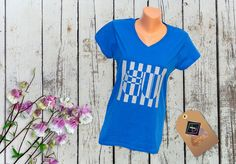 Tricou personalizat – EU V Neck, T Shirt, Tops, Women, Art, Fashion, Supreme T Shirt, Art Background, Moda