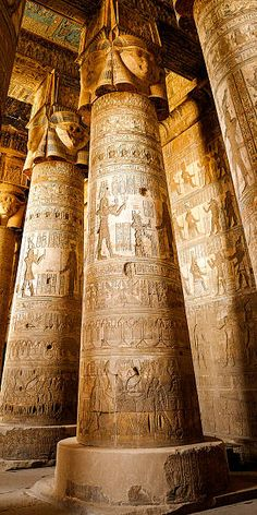 Amun Hypostyle Hall at Karnak Temple in Luxor, Egypt. Ancient Egypt History, Ancient Aliens, Ancient Art, Ancient Egyptian Architecture, Architecture Antique, Old Egypt, Egypt Art, Egyptian Temple, Empire Romain