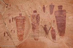 Harriet Neal, Prescott Photograper: Petroglyphs, Pictographs, Ruins, UT, AZ, CO